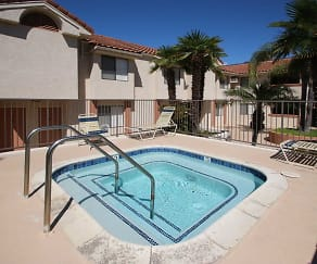 Pool, Kimberly Terrace Apartments
