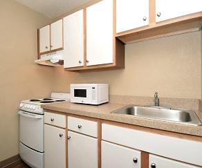 Kitchen, Furnished Studio - Indianapolis - Northwest - College Park