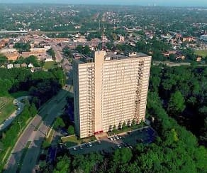 Lake Park Tower Apartments