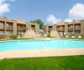 Pool, Acacia Pointe