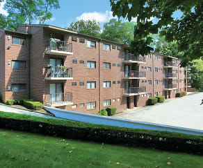 Building, Glen Manor Apartments