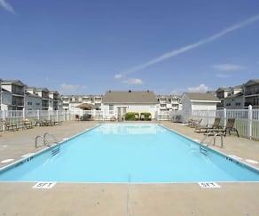 Pool, Stadium Place Apartments