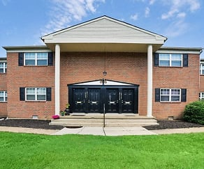 Longview Apartment Homes