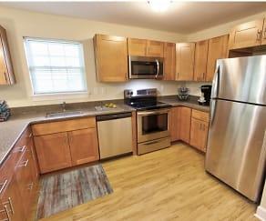 Kitchen, Mohawk Riverfront Apartments