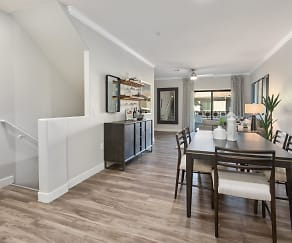 Dining Room, Stadium Vue Townhomes