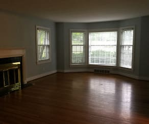 Living Room, 2490 Grinstead Drive