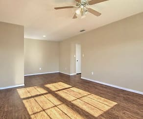 Rolling Oaks Apartments, Circle D-KC Estates, TX