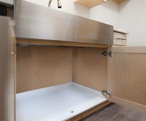 Starboard under the Kitchen Sink, The Jackson