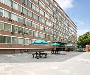 Building, Park Tower Apartments