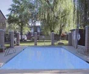 Pool, Willow Glen