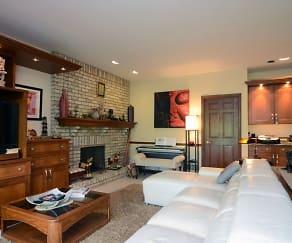 Living Room, 2606 Barnes Dr