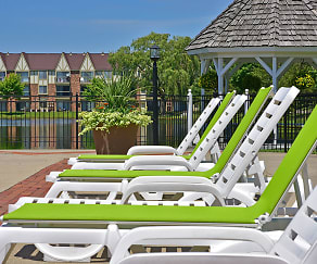 Poolside Lounge Chairs, Stone Ridge