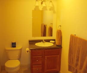 Bathroom, Stonybrook Apartments