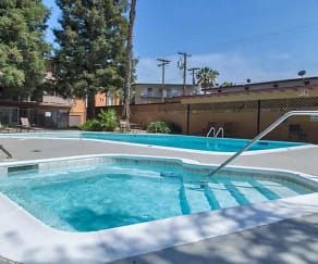 Pool, Regalia Crest Apartments