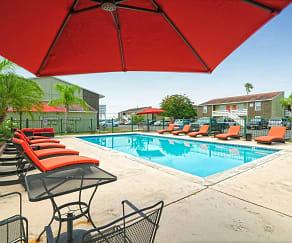 Pool, University Commons