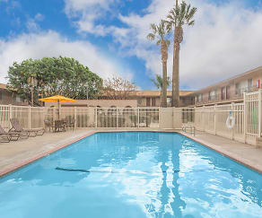 Pool, Castilian & Cordova Apartment Homes