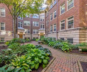 Courtyard, Twin Oaks Manor