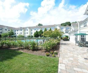 Pool, The Kentshire- Senior Living