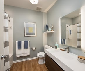Bathroom, Riverwalk Apartment Homes