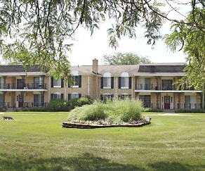 Building, Knollwood Village Apartments