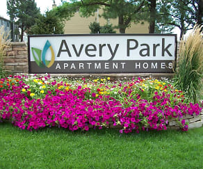Landscaping, Avery Park Apartment Homes