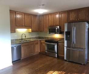 Kitchen, 139 Wyoming Road