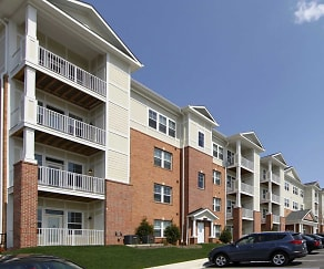 Building, Oakmont Village Apartments