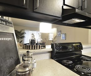 Kitchen, MeadowPark Townhomes