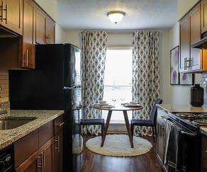 Kitchen, 1500 Oak