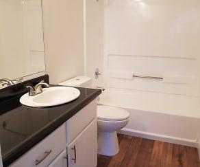 Bathroom, Chardonnay Garden
