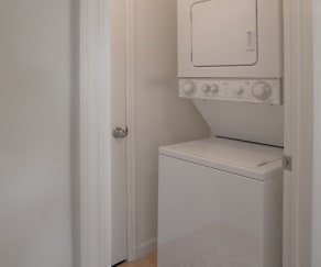 In-unit washer/dryer, Avalon Bronxville
