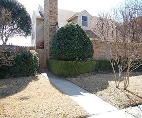 2046 Embassy Way, Central Carrollton, Carrollton, TX