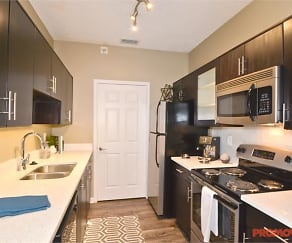 Kitchen, Reserve at Lenox Park
