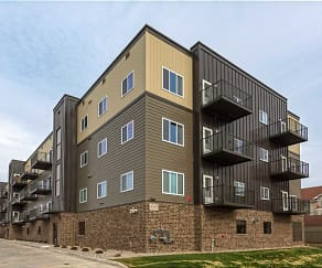 Building, Pineview Apartments
