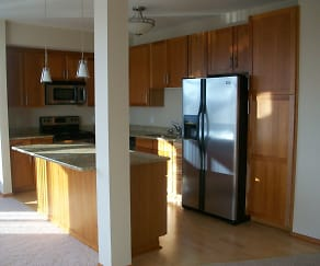 Kitchen, Hoigaard Village Apartments