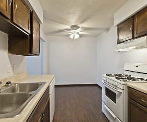 Kitchen, Hunter's Ridge Apartments