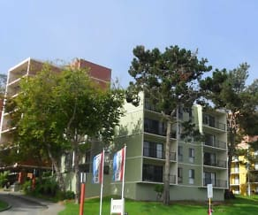 Building, Lakewood Apartments At Lake Merced