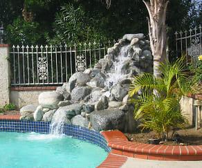 Pool, 963 Dare Court