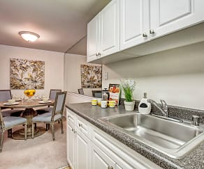 Kitchen, The Hamptons at Town Center