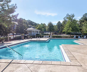 Pool, Somerset Club Apartments