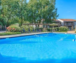 Pool, Laurel Ridge