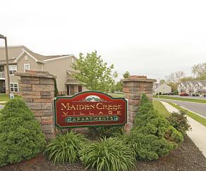 Community Signage, Maiden Creek Village