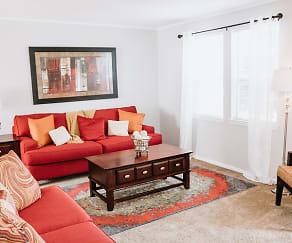 Living Room, Midtown Oaks