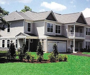 Building, The Woods At Blue Heron Pines