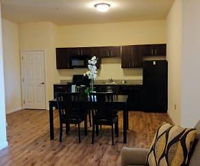 Dining Room, Lofts at 525