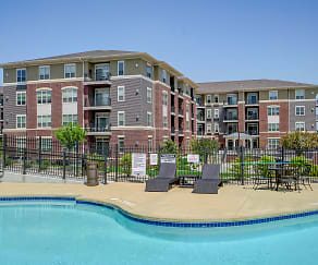 Pool, The Addison