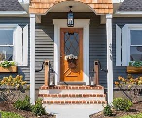 Front door, 211 Wecaf Road