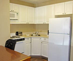 Kitchen, Furnished Studio - Fayetteville - Cross Creek Mall