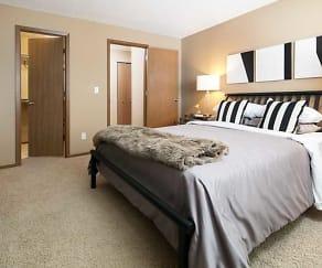 Bedroom, Summit by Broadmoor