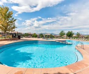 Pool, Bell Flatirons